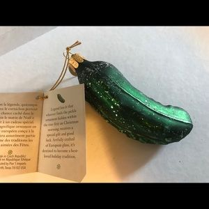 Christmas Tree Pickle A German Tradition NWT